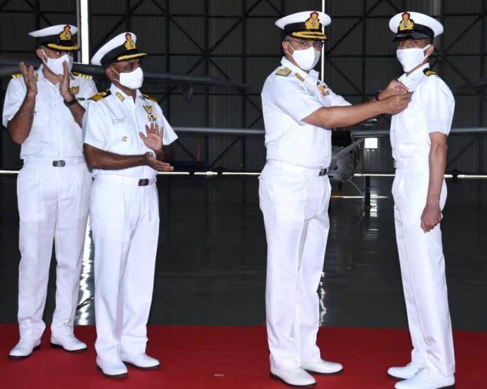 Indian Navy Observers