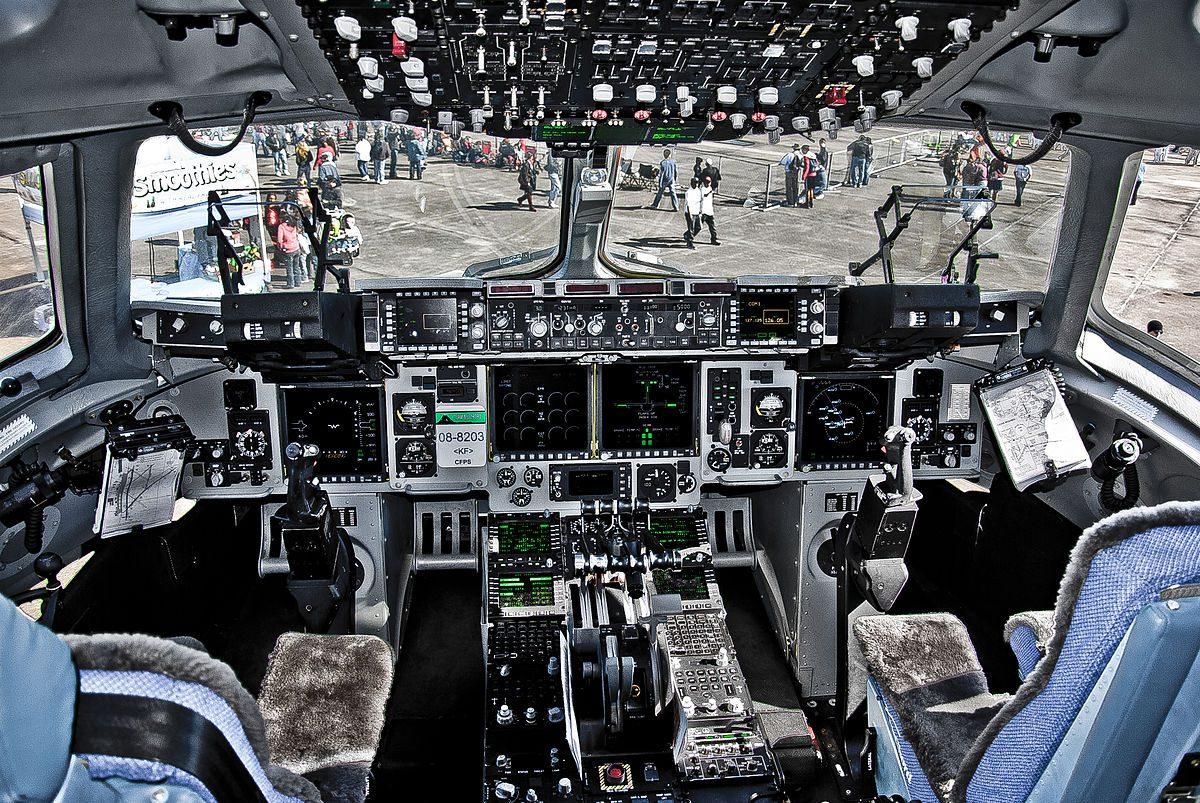 C-17 Globemaster Cockpit